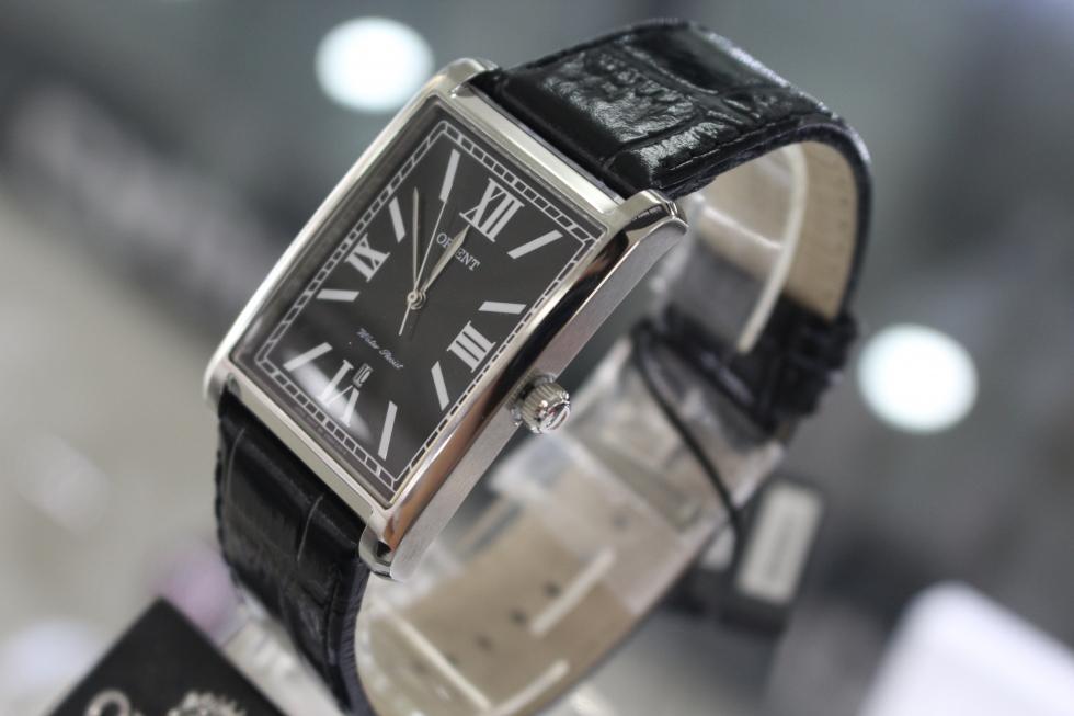 Cạnh nghiêng đồng hồ Orient FUNEM002B0