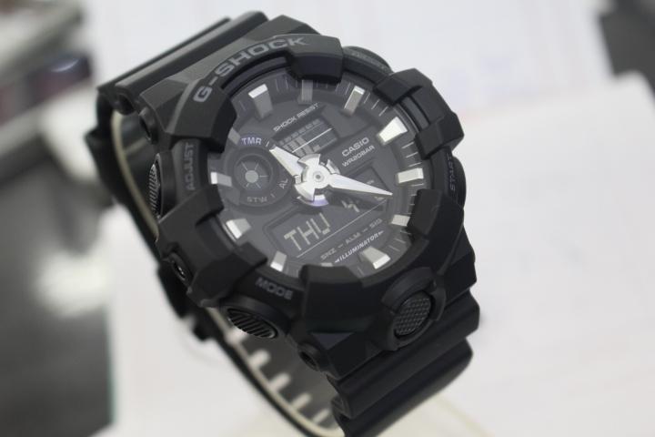 Thiết kế độc đáo của đồng hồ Casio G-shock GA-700-1BDR