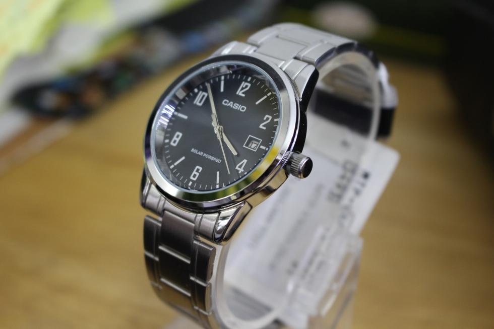 Thiết kế tinh tế của đồng hồ nam Casio MTP-VS01D-2BDF