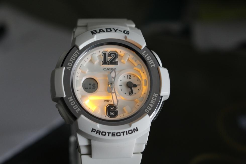 Mặt đồng hồ Casio nữ Baby-G BGA-210-7B1DR