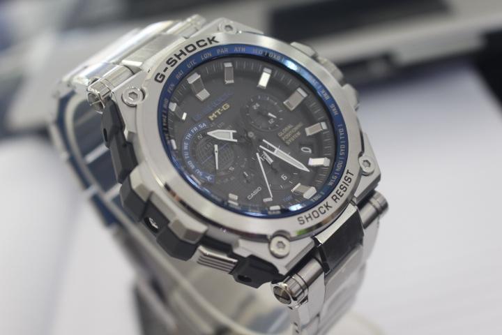 Đồng hồ Casio nam G-Shock MTG-G1000D-1A2DR mang vẻ ngoài bắt mắt