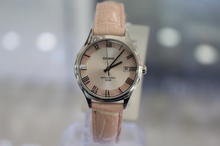 Đồng hồ Casio nữ LTP-E142L-4AVDF