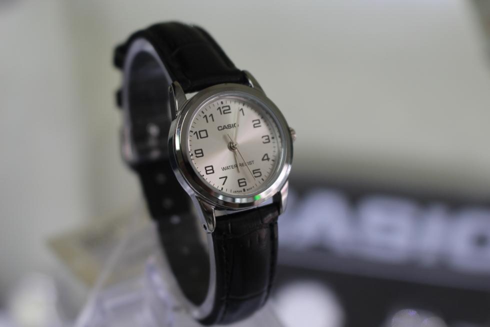 Đồng hồ nữ Casio  LTP-V001L-7BUDF giá rẻ