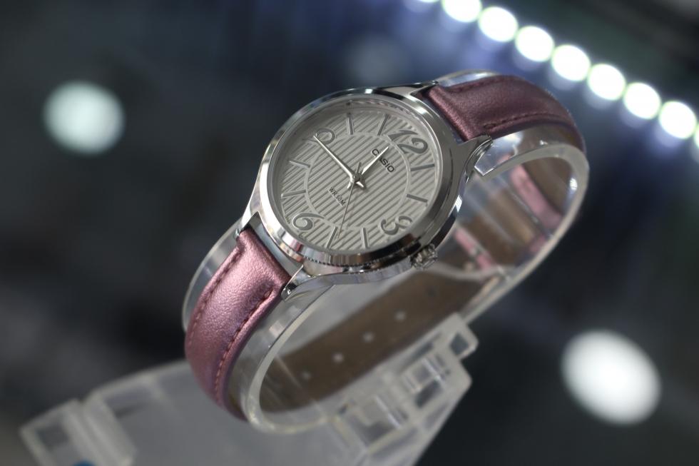 Đồng hồ nữ Casio dây da LTP-1393L-7A1VDF