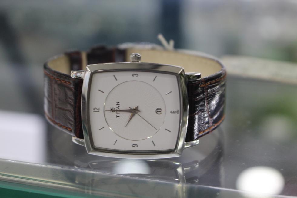 Mỗi kiểu đồng hồ nam cao cấp khác nhau sẽ mang lại cho người đeo một phong cách khác nhau