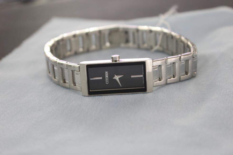 Đồng hồ nữ Citizen EZ6330-51E