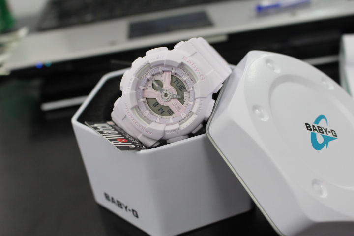 Phong cách năng động của đồng hồ Casio nữ Baby-G BA-110-4A2DR
