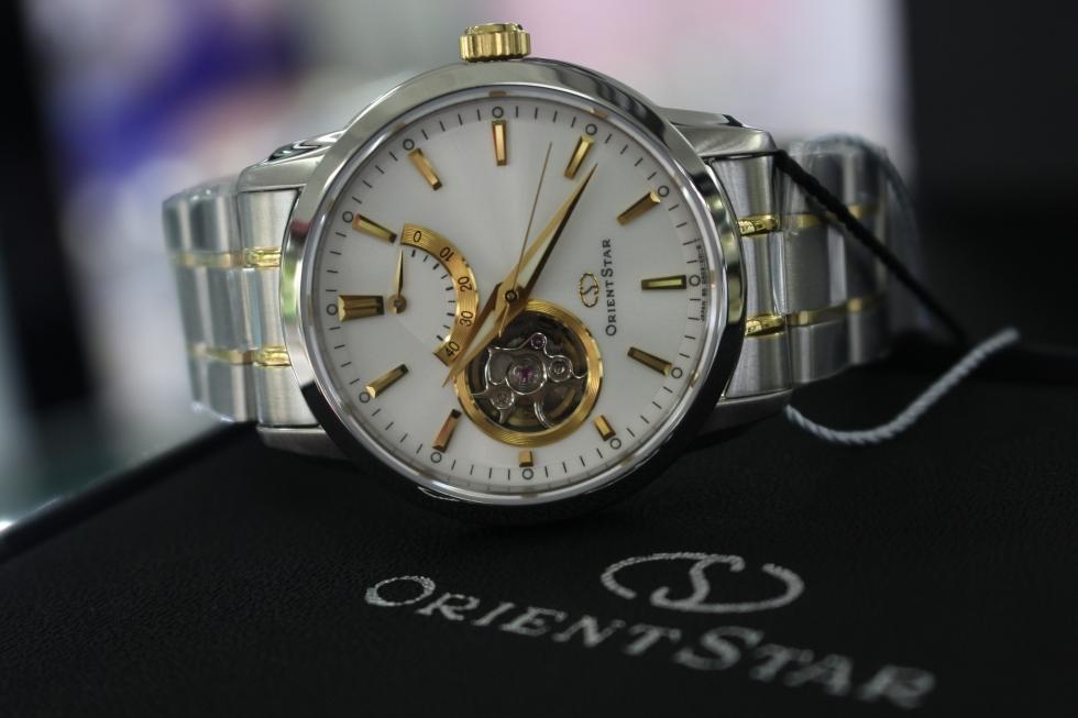 Nhiều công năng đa dạng được tích hợp trong một chiếc đồng hồ nam hàng hiệu