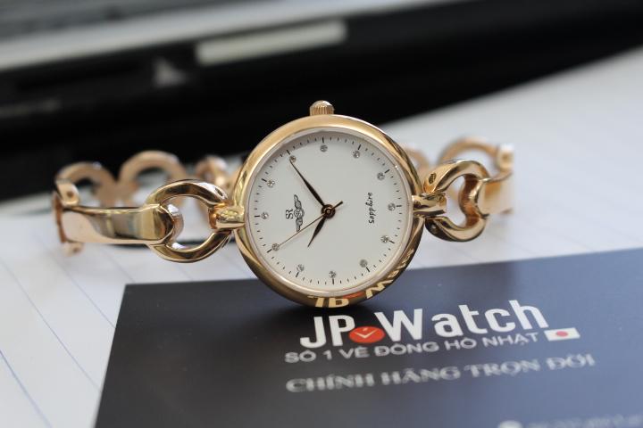 Đồng hồ SR nữ SL1604.1302TE được thiết kế theo phong cách hiện đại, khá độc đáo và điệu đà