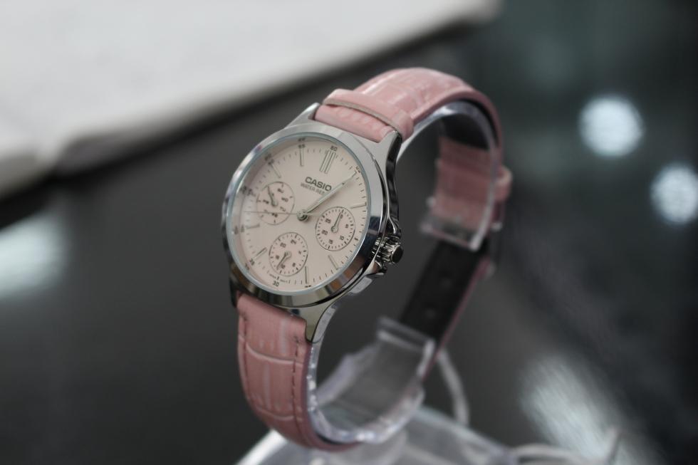 Vẻ đẹp nhẹ nhàng của đồng hồ Casio nữ LTP-V300L-4AUDF