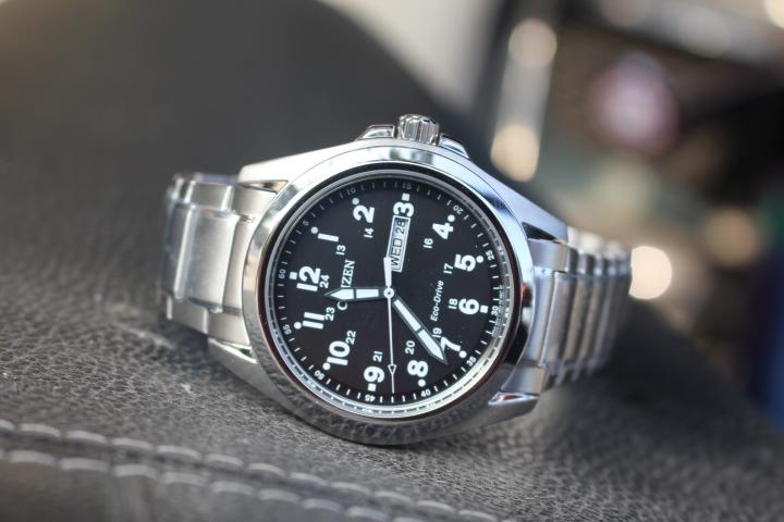 Kết quả hình ảnh cho đồng hồ Citizen nam Eco-Drive AW0050-58E