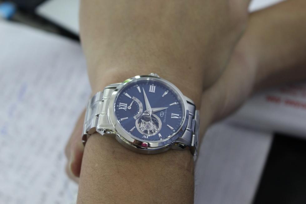 Vẻ lịch lãm của đồng hồ cơ Orient Star WZ0081DA