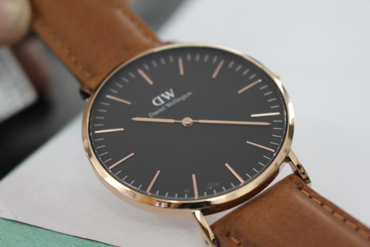 đồng hồ nam siêu mỏng daniel wellington chính hãng