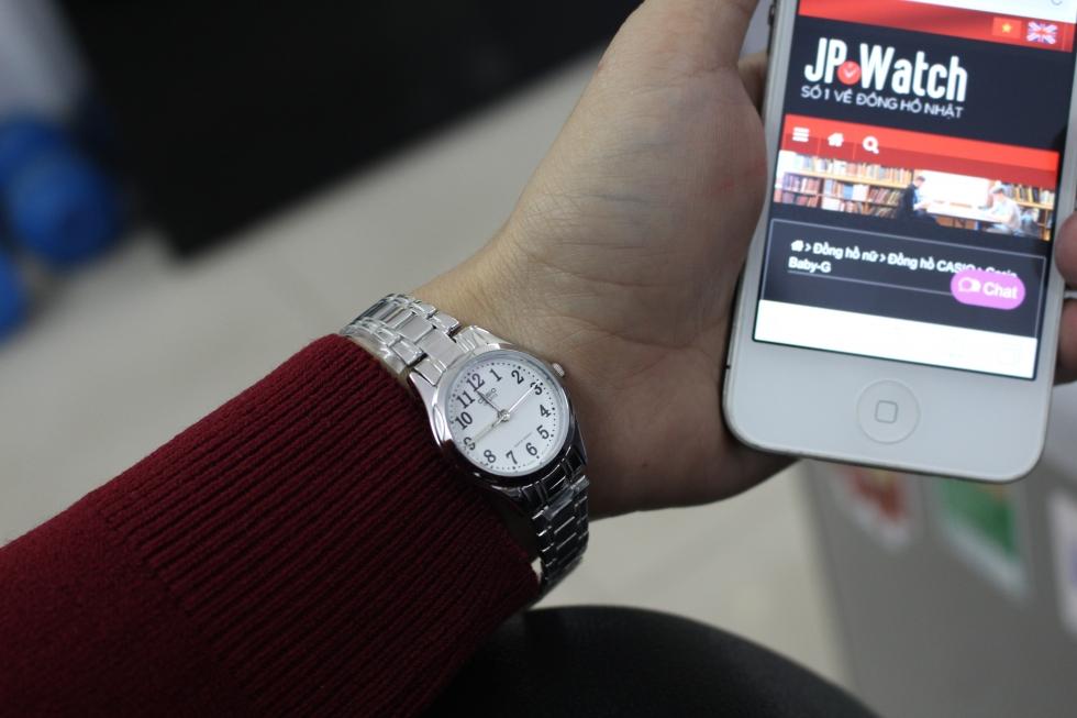 Đồng hồ sáng màu dành cho những thanh niên có màu da sẫm