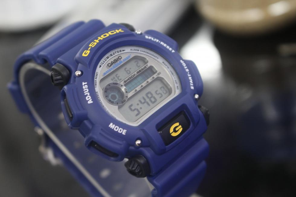 Đồng hồ nam đẹp giá 1 triệu Casio G - Shock DW-9052-2VDR