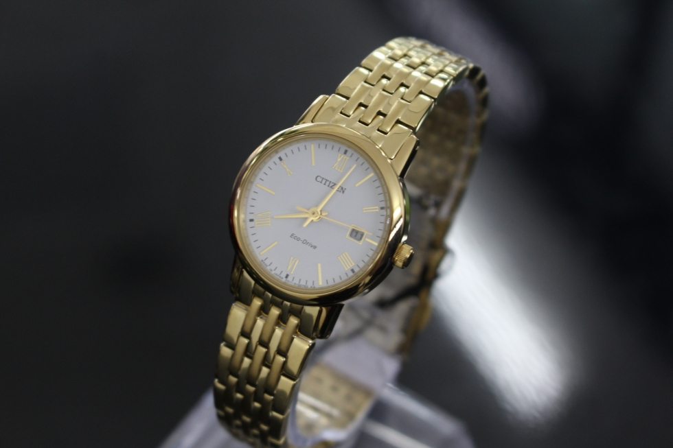 Đồng hồ nữ Citizen EW1582-54A cao cấp