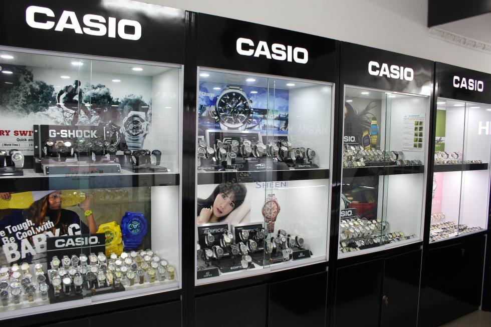 1 góc trưng bày bộ sưu tập đồng hồ Casio của JPwatch