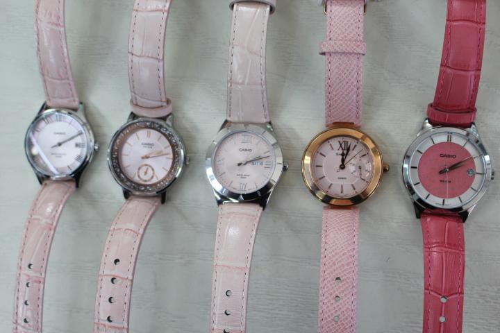 bộ đồng hồ casio màu hồng