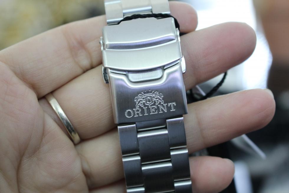 Dây đeo của đồng hồ Orient chính hãng rất chắc chắn
