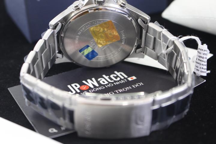 Đồng hồ nam Casio Edifice EFV-530D-2AVUDF luôn có tem chống hàng giả để khách hàng yên tâm