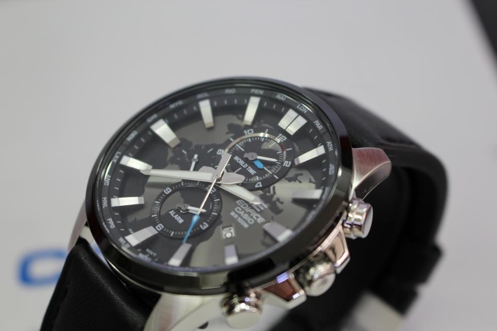 Thiết kế cá tính và thời thượng của mẫu đồng hồ Casio Edifice EFR-303L-1AVUDF