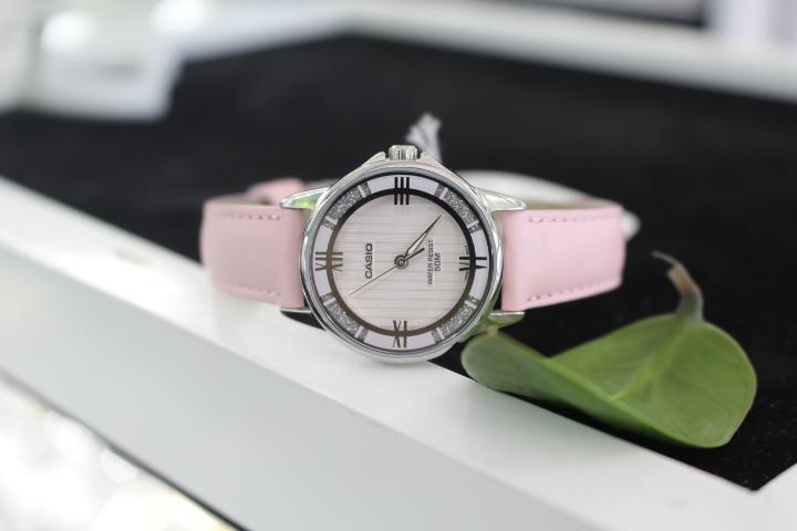 đồng hồ Casio màu hồng LTP-1391L-4A2VDF