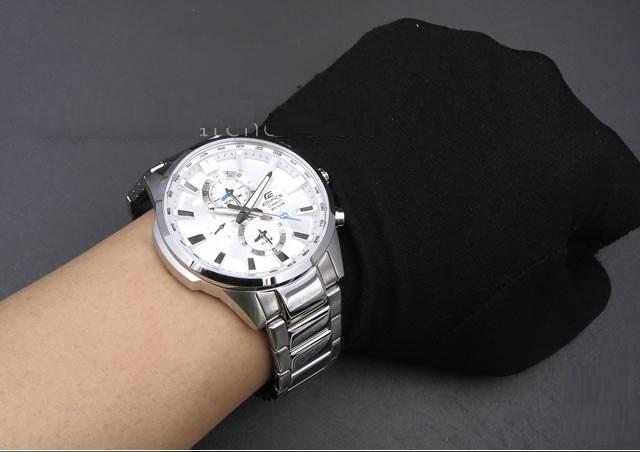 Vẻ lịch lãm, sang trọng của mẫu đồng hồ NAM CASIO EDIFICE EFR-303D-7AVUDF