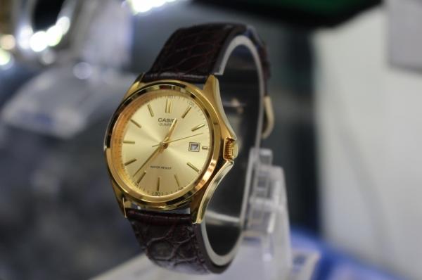 Đồng hồ nam dây da Casio MTP-1183Q-9ADF