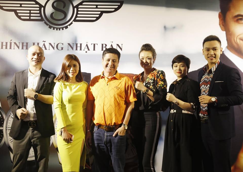 Nghệ sỹ Chí Trung, Ca Sỹ Duy Khoa cùng đeo đồng hồ Sunrise